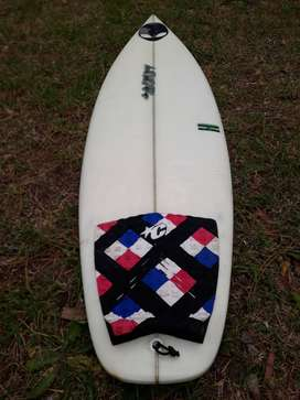 Tabla de surf uva modelo carrasco como nueva