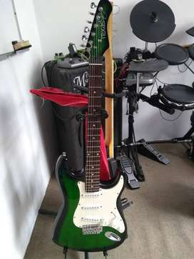 Guitarra eléctrica texas con amplificador