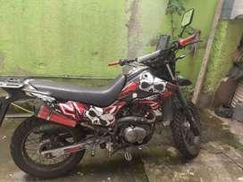 Vendo moto Trail fw 200