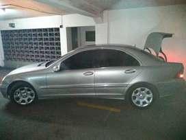 Vendo Mercedes Benz C-class
