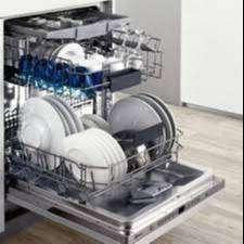 tenes problemas con su lavadora o nevera llamanos calidad y cumplimiento tecncios del sena