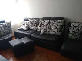 Juego de Sala cuero + silla auxiliar + puffs