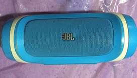 Parlante JBL (No prende )