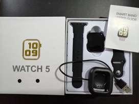 Smart Watch 5 En Color Negro