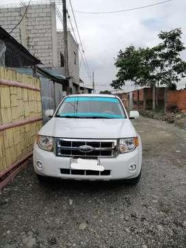 Vendo ford escape 2008 full $ 11.500  negociable tiene doble a/c motor y caja impecables a toda prueba llantas nuevas