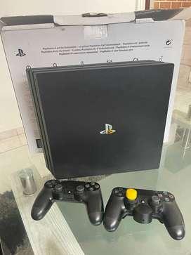 Playstation 4 Pro 4K 2 Controles