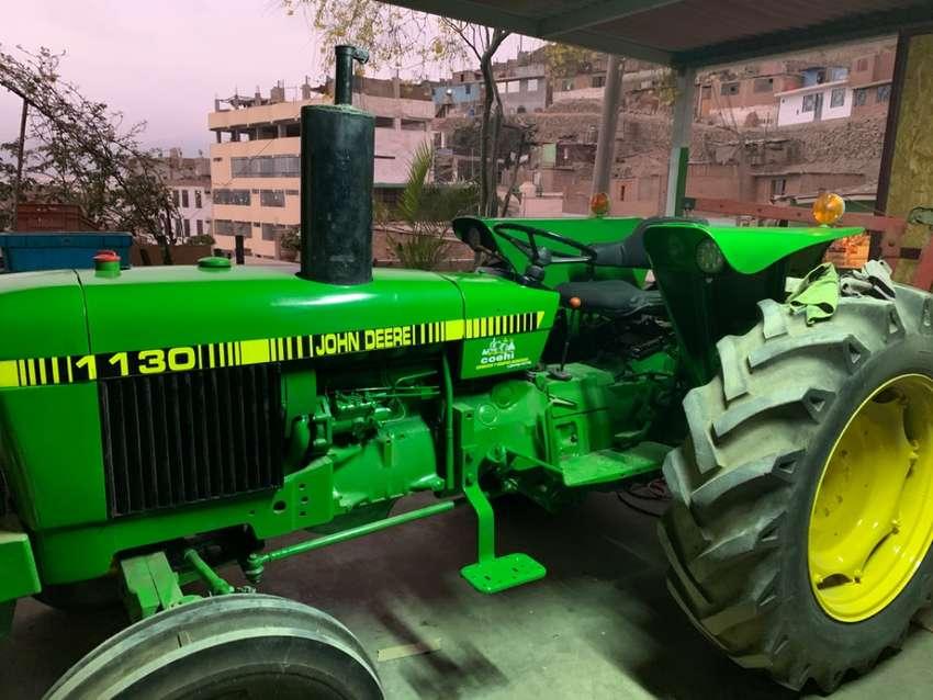 Tractor Agrícola John Deere 1130 0