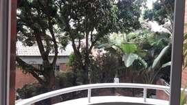 Se arrienda apartamento en el sector de Castropol Código 894299