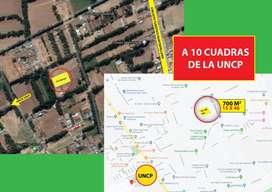 Terreno de 700 m2 frente a UNCP (10 cuadras)