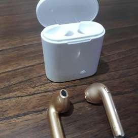 Airpods tws i7 gold baratos con nada de uso. Escucho ofertas.