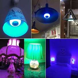 Bombilla LED RGB de 12W, lámpara E27, altavoz inalámbrico por Bluetooth, luz Led inteligente, reproductor