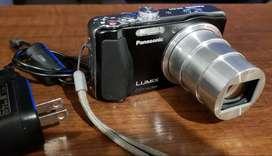 CAMARA DE FOTOS LUMIX PANASONIC DMC-ZS19. ZOOM Optico 20X