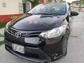 Se vende Toyota yaris 2015