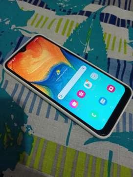 Se vende Samsung a30 ( doble sim)
