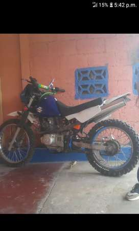 Suzuki dr250 doble escape cambio por pc gamer o vendo