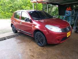 Se vende Renault sandero modelo 2012