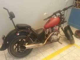 Vendo moto chopper