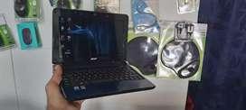 Mini portátil acer 160 gb de disco duro, 2 gb en ram, windows 10, batería buena, se debe usar con mouse