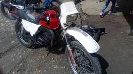 Vendo motocicleta suzuki ts 185 en buen estado año 2008