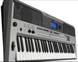 Piano yamaha psr e443 exelente condiciones