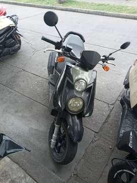 Moto bws en buen estado papales al día hasta 2021
