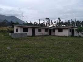 En Ibarra sector la Esperanza se vende hermosa propiedas