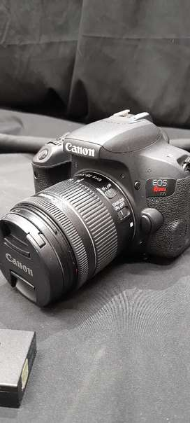 Canon T7i + Lentes + Baterias