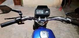 Moto Suzuki ax 100 azul