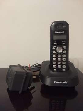 Teléfono inalámbrico Panasonic KX-TG1311AGH