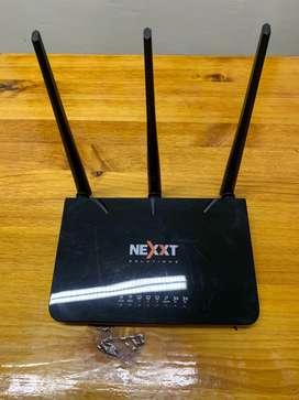Router Nexxt 3 Antenas 300mbps Nebula Negro Usado