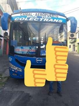 Vendo Bus Hino Aka - con derechos y acciones