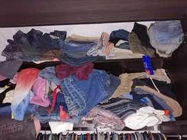 Ropa, pantalones, blusas, camisetas, jeans, de hombre y mujer