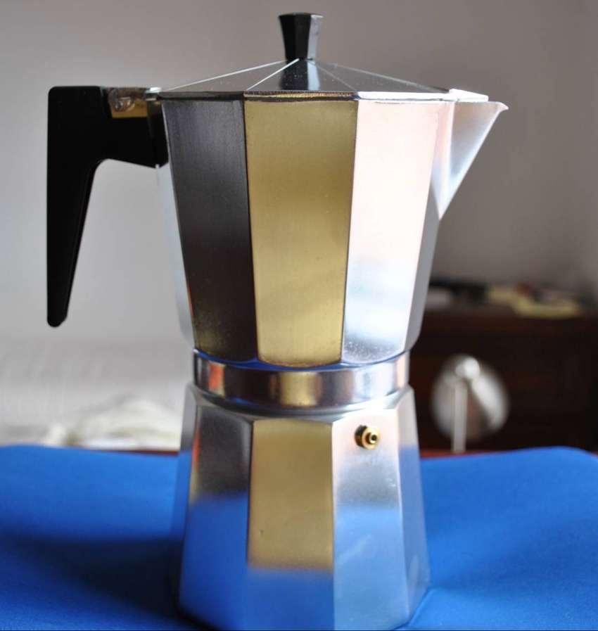 CAFETERA ITALIANA ALUMINIO GRANDE 12 TAZAS 0