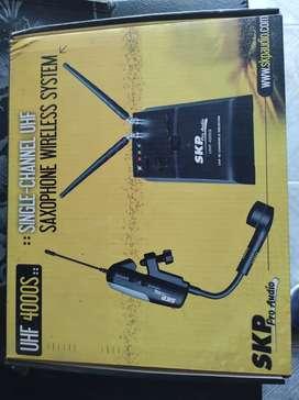 Micrófono inalámbrico para saxo SKP UHF 4000S