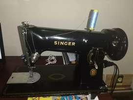 Maquina de coser perfecto estado