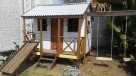 Casa de madera para niños