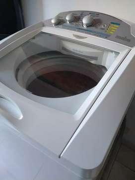 Lavadora Mabe 28 libras funcionando muy bien