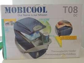Nevera Auto 8 litros Frio/Calor 12V dc Mobicool1
