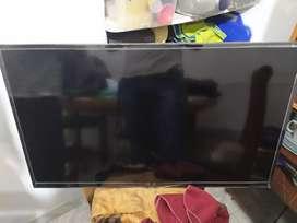 """Tv Samsung de 42"""" pulgadas (No Smart ) con tdt incluida"""