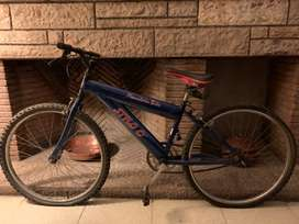 Vendo mountain bike