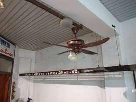 Ventilador de 4 Aspas Con Iluminacion Simil Madera