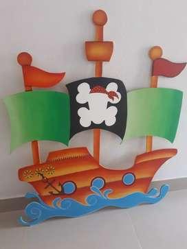 Vendo figura de barco para decorar