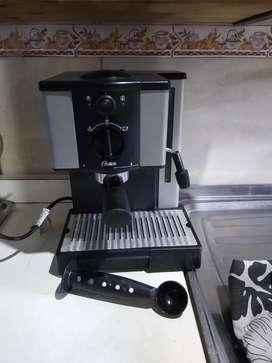 Vendo Cafetera Expreso Oster