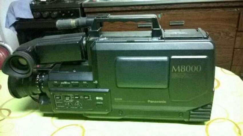 Videofilmadora M8000 para Reparar 0