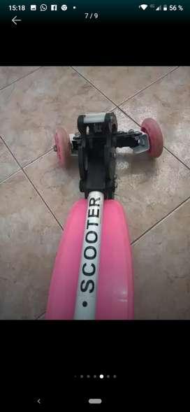 Patines y patineta usada