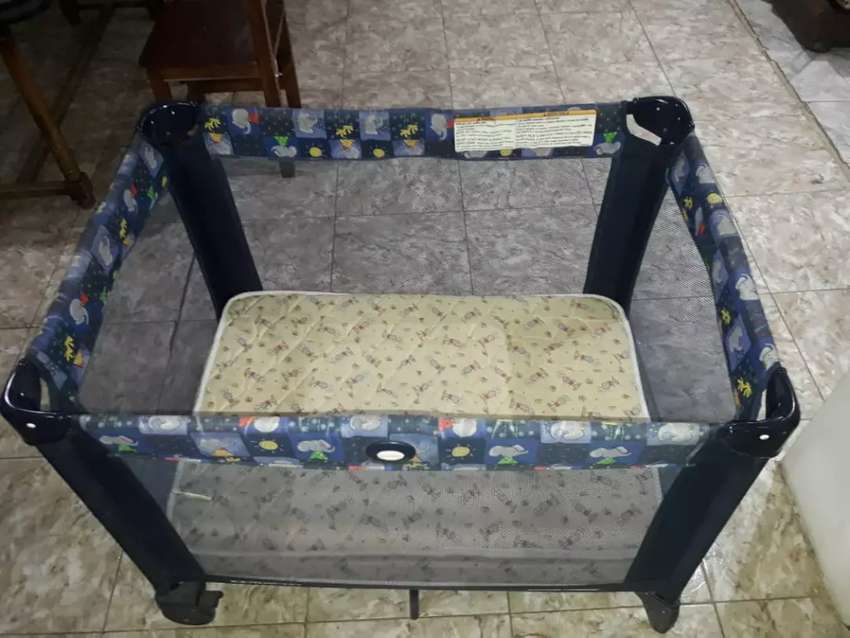 Vendo  practicuna graco pack & play 0