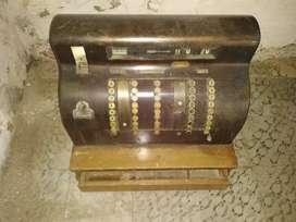 Vendo máquina registradora antigua