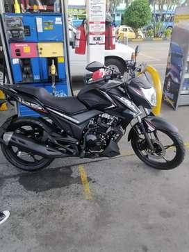 Se vende moto CR4 125 modelo 2022
