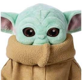 Peluche De Baby Yoda Star Wars - El Mandaloriano 30cm