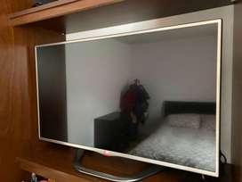 """Vendo tv LG de 42"""" full HD"""